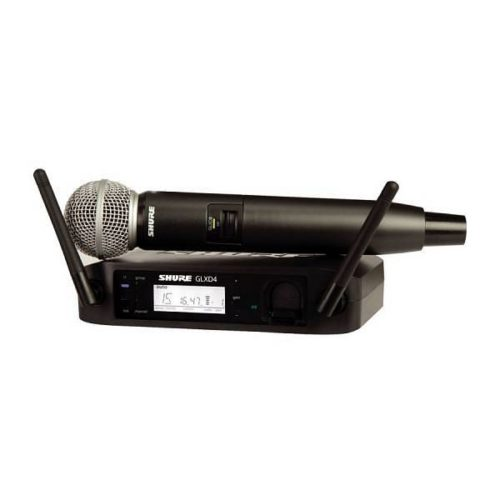 Radiomicrofono Shure SM58 mano